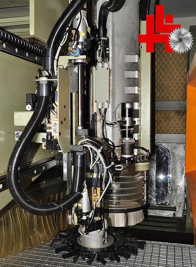scm cnc bearbeitungszentrum record 220 4 achsen x y z c mit alunutentisch ebay. Black Bedroom Furniture Sets. Home Design Ideas